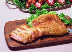 テーブルマーク)若鶏のスモークチキンモモ 約200g【5月より価格改定】