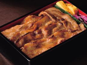 味の素冷凍)三元豚の肉厚生姜焼き 100g【旧商品 561144 からの切り替え】