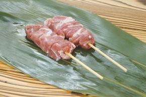輸入)豚カシラ肉串刺し30g 20本入り(600g)