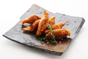 ジャパン)鶏皮餃子 約25gx20個入り【旧商品 530826 からの切り替え】